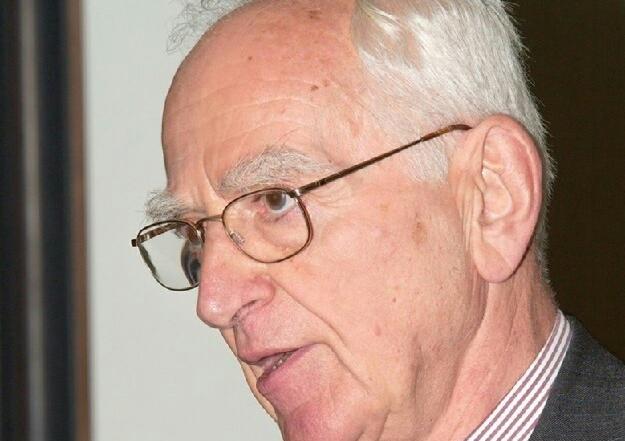 Professor Walter Holland (1929 – 2018)